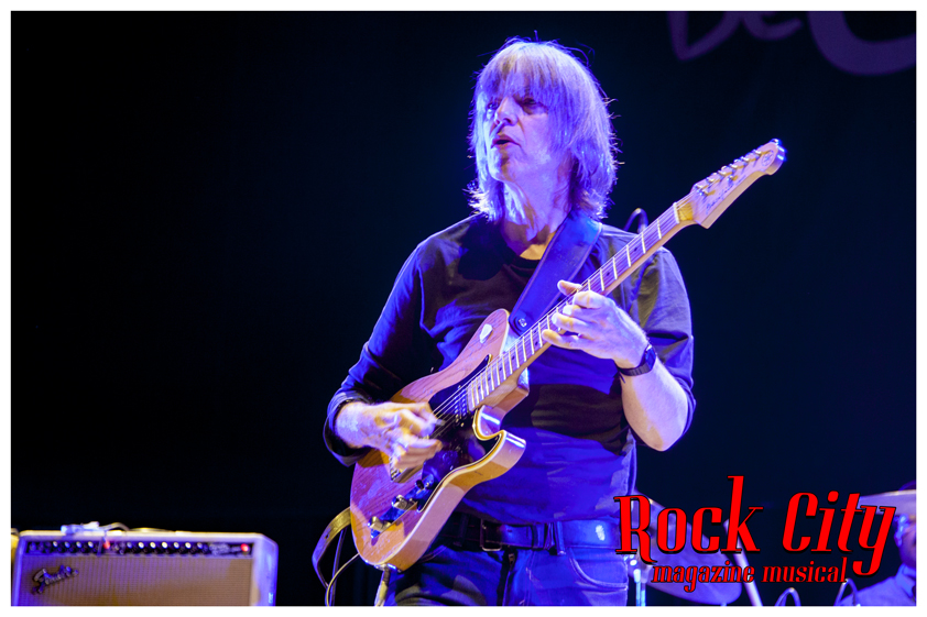 Mike-Stern-09